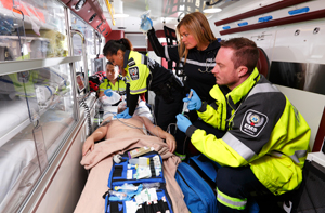 paramedics-with-patient-image